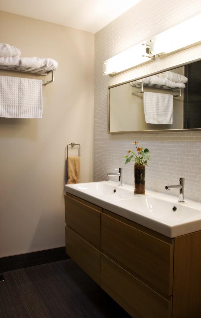 Contemporary Bathroom Renovation Toronto