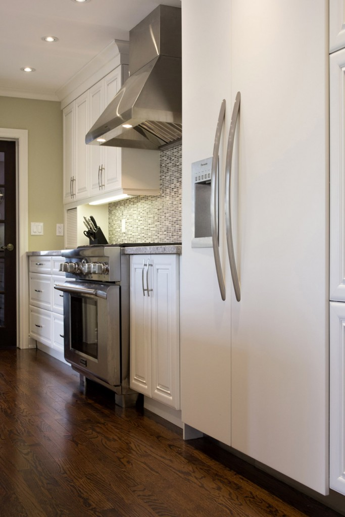 Choosing new kitchen cabinets here s what you need to know for Choosing kitchen cabinets