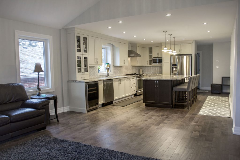 Richmond hill house addition renovation inspire homes for Richmond hill home builders